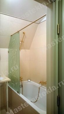 Стеклянная перегородка для ванной с пескоструйным рисунком