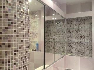 зеркальные дверцы в ванной
