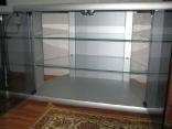 Стеклянная стойка для ТВ